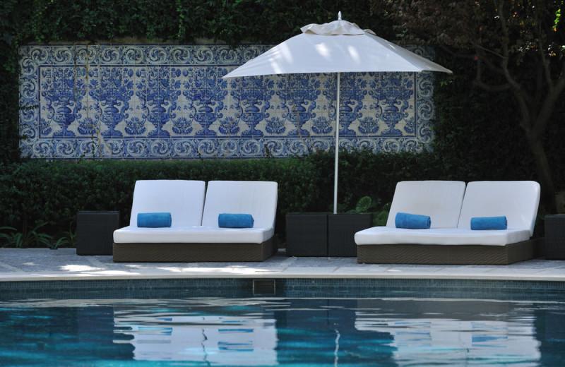 Pool at Hotel Tivoli Jardim.