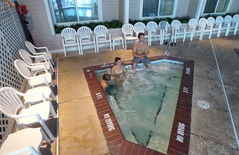 Hot tub at Bayshore Resort.