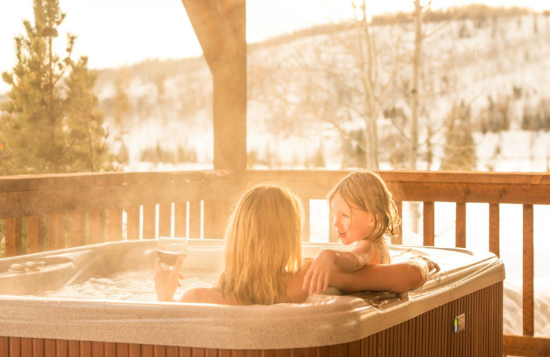 Hot tub at Vista Verde Ranch.