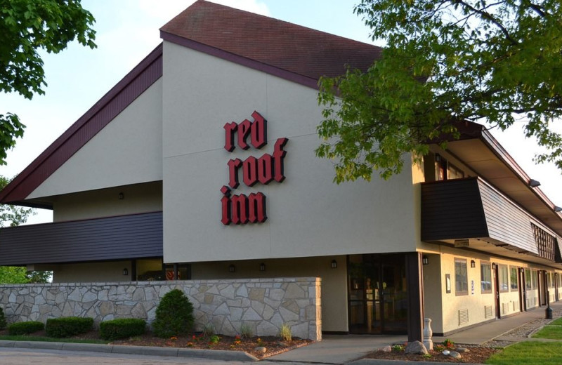 Exterior view of Red Roof Inn - Benton Harbor.