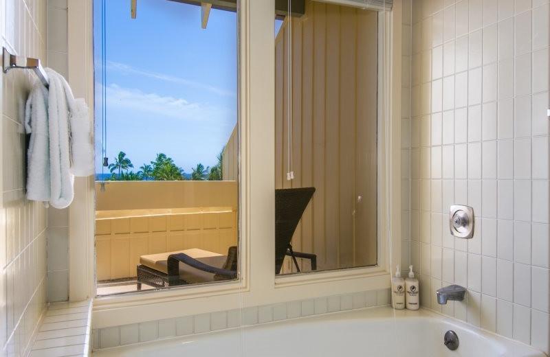 Vacation rental bathroom at Great Vacation Retreats.