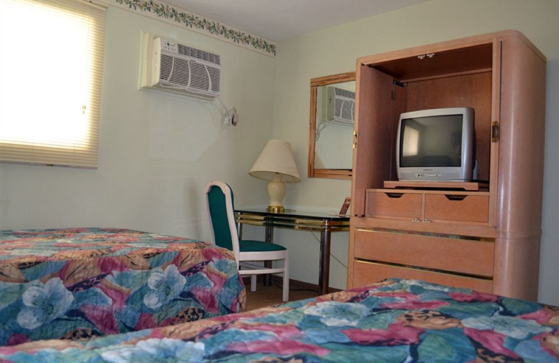 Guest room at Diamond Crest Motel.