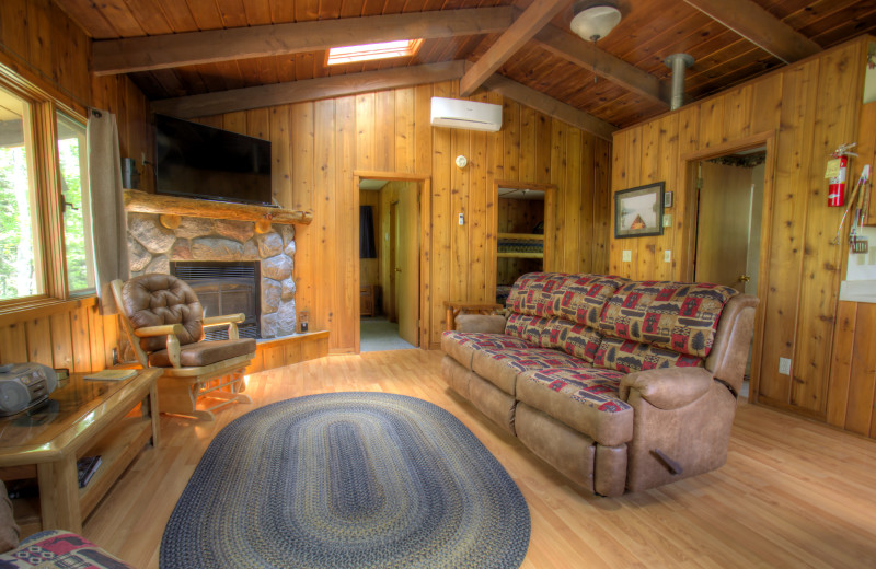 Cabin living room at Timber Bay Lodge & Houseboats.
