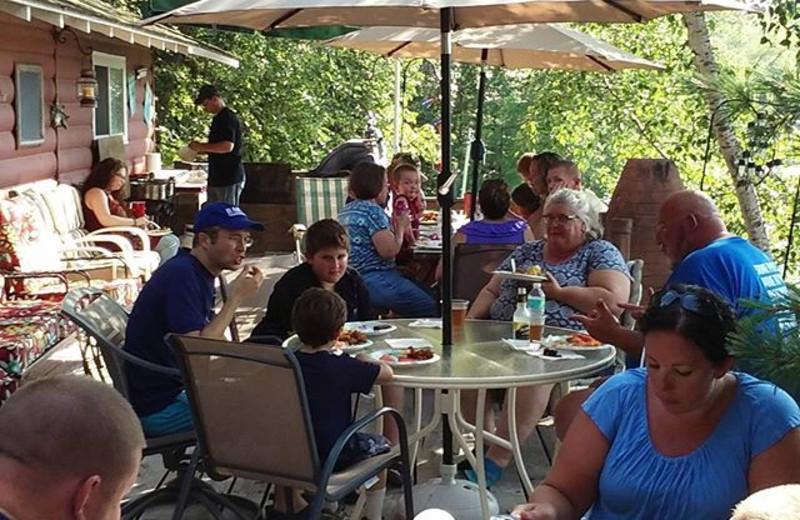 Outdoor Dining at Beauty Bay Lodge & Resort