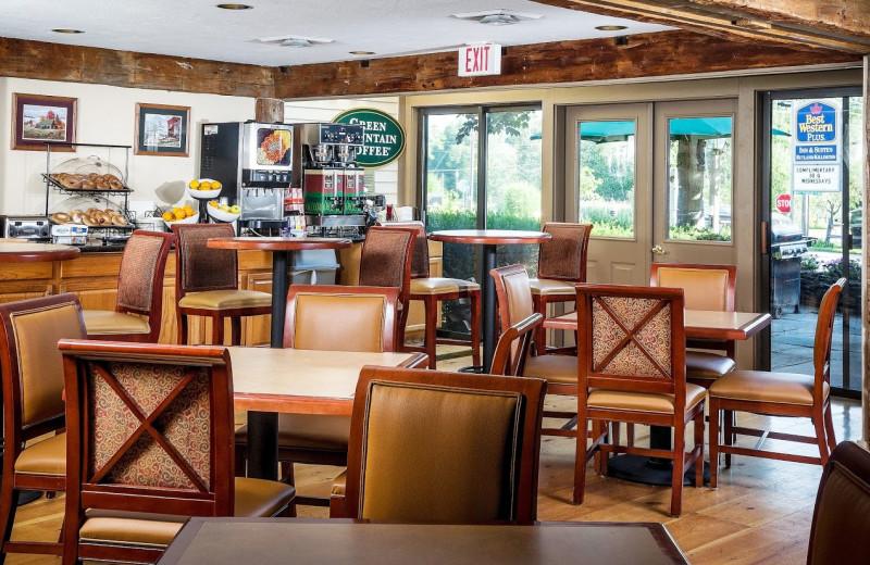 Breakfast room at Best Western Inn & Suites Rutland/Killington.