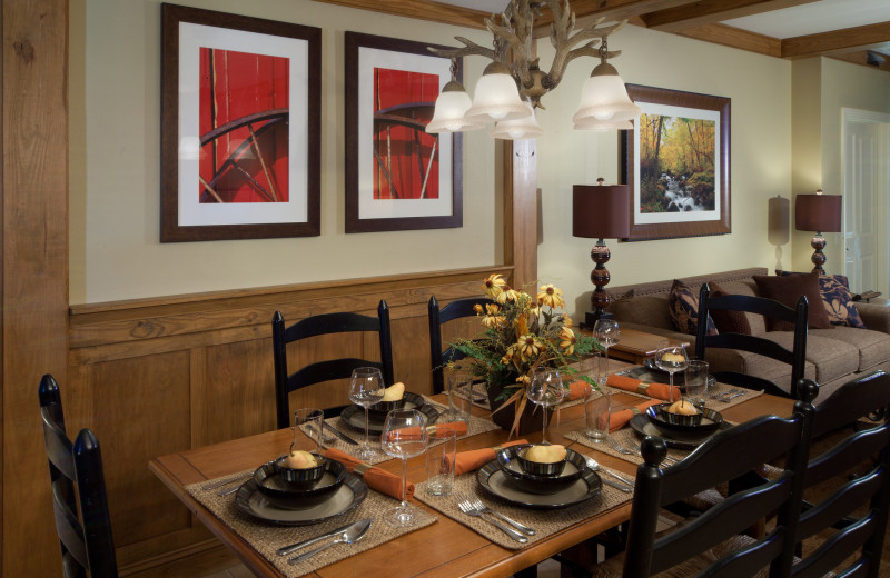 Guest dining room at Holiday Inn Club Vacations Smoky Mountain Resort.
