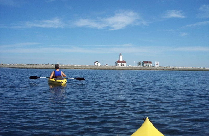 Kayaking at Juan De Fuca Cottages.