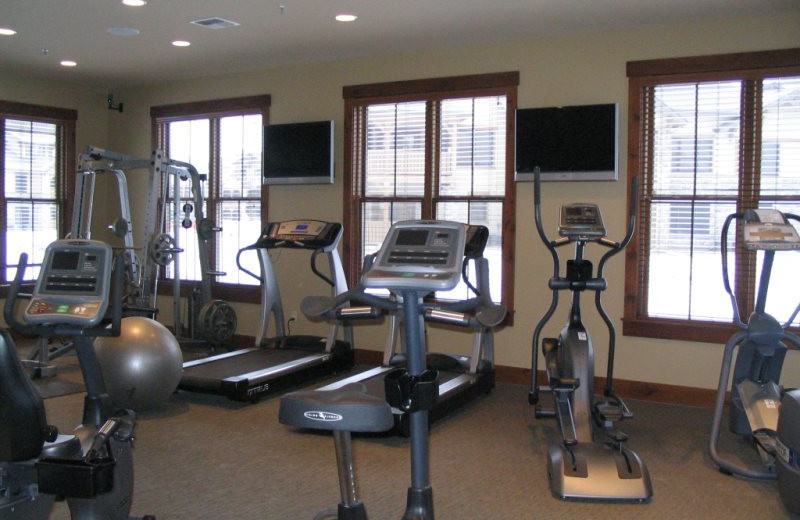 Fitness center at Five Star Rentals of Montana.