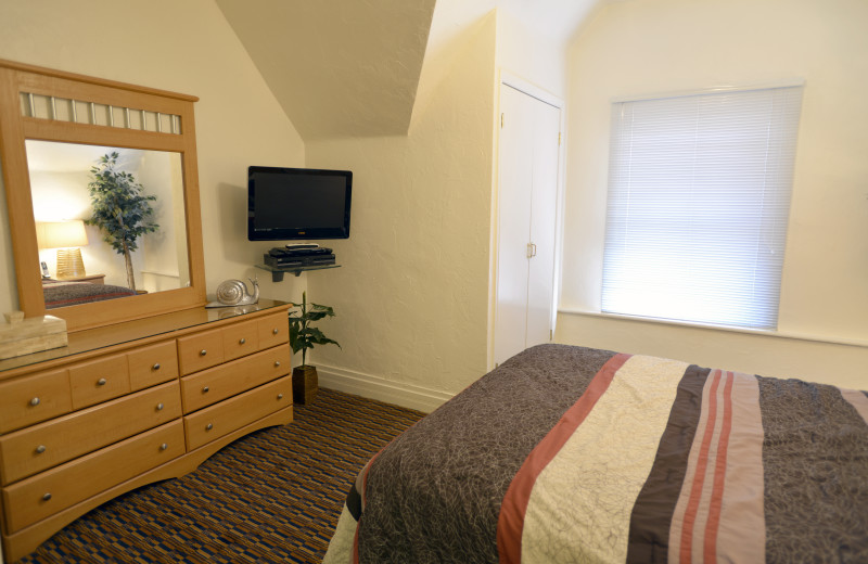 Alternate view of Bedroom - Large One Bedroom apartment suite at Friendship Suites.