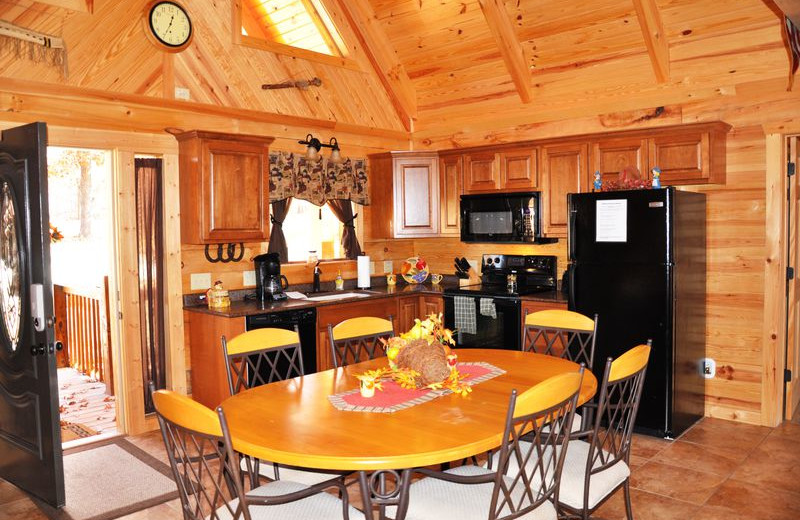 Rental kitchen at Amazing Branson Rentals.