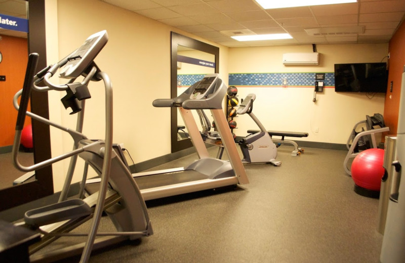 Fitness room at Hampton Inn & Suites Flagstaff.