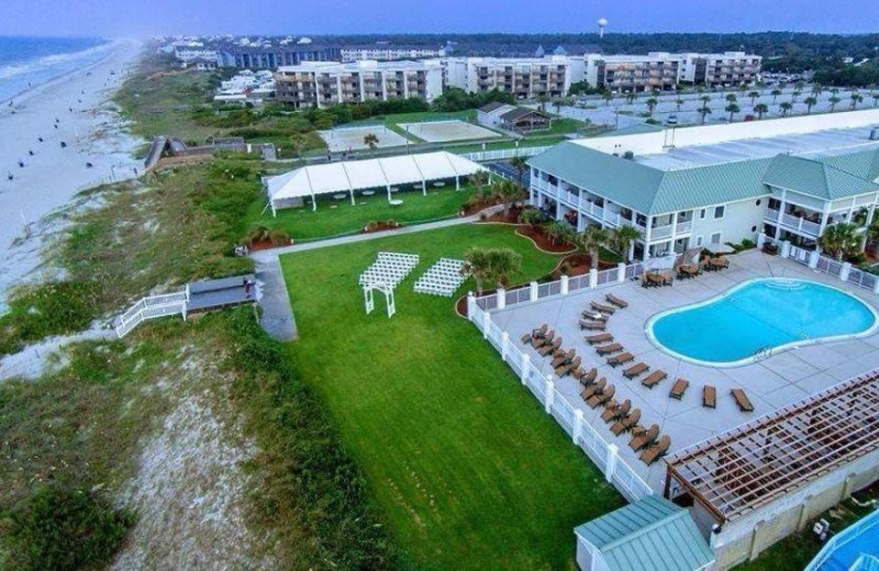Aerial view of Islander Hotel & Resort.