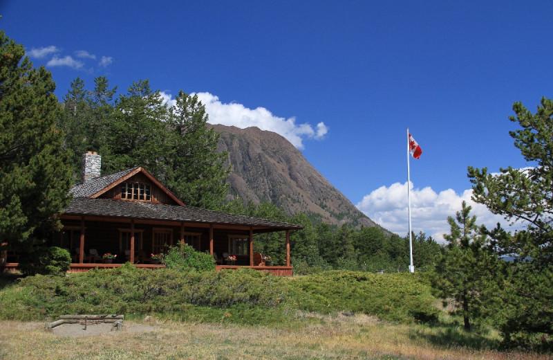 Exterior view of Tsuniah Lake Lodge.