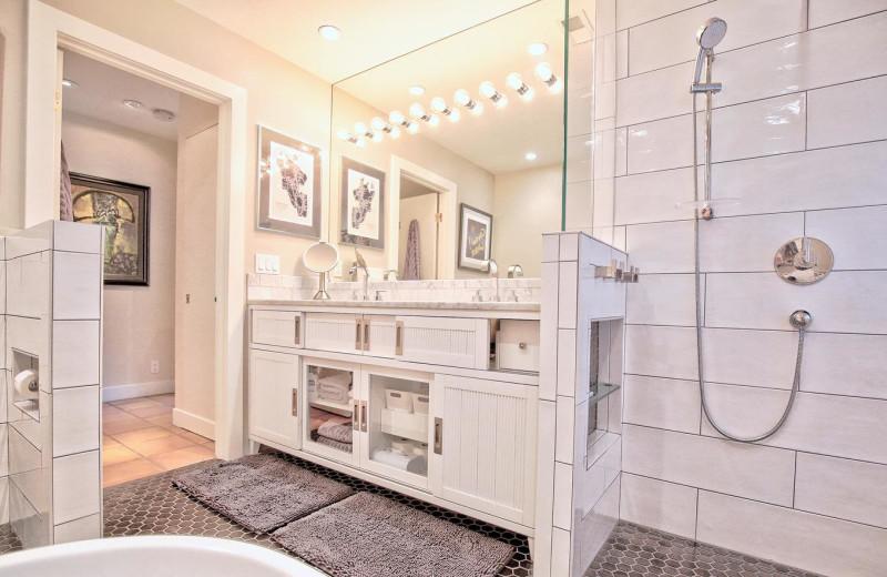 Rental bathroom at Woodfield Properties.