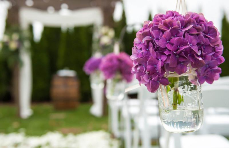 Weddings at The Inn at Crestwood.