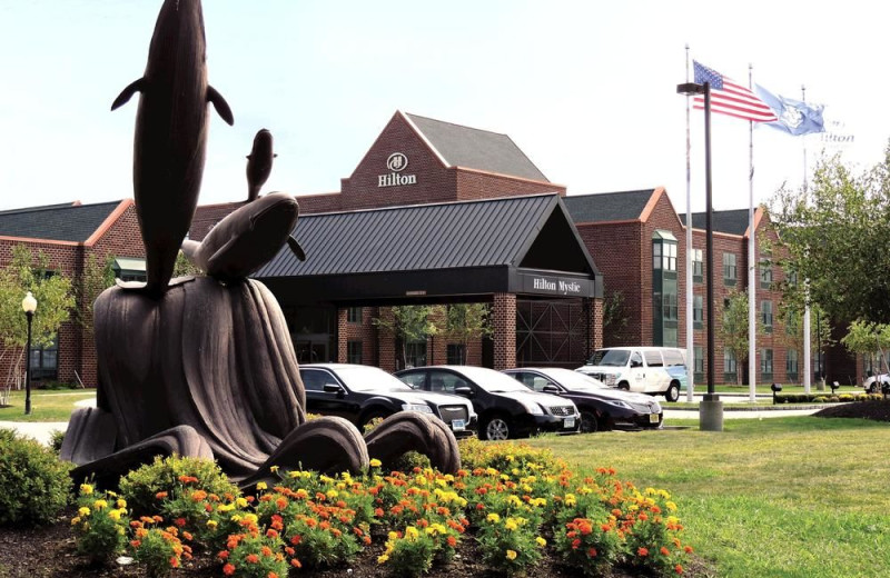 Exterior view of Hilton Mystic.