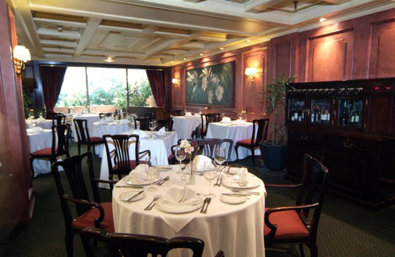 Dining at Santiago Park Plaza Hotel.