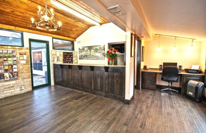 Lobby at Peach Tree Inn & Suites.