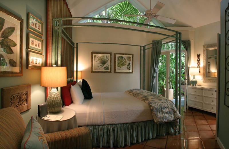 Guest bedroom at Mermaid & The Alligator.