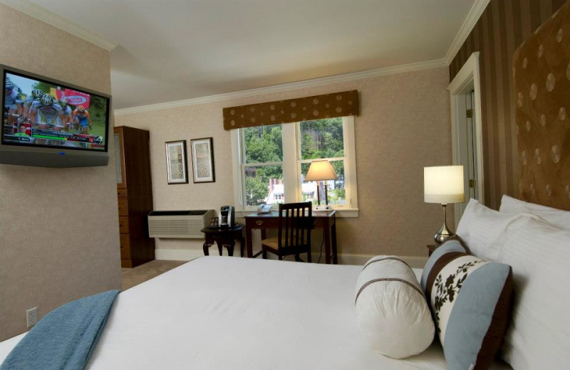 Guest room at Capitol Plaza Hotel & Conference Center.