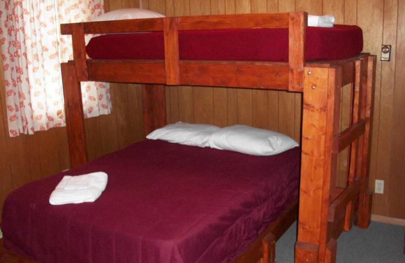 Hostel room at Pinecrest Camp Lodge.