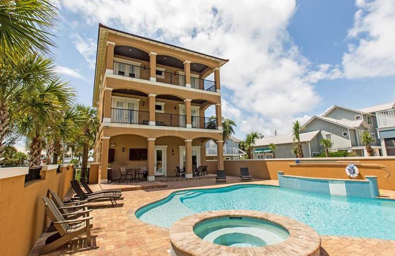 Rental exterior at Southern Vacation Rentals.