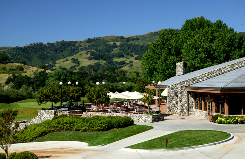 Outdoor dining at Alisal Guest Ranch and Resort.