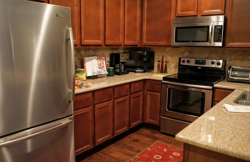 Guest kitchen at LuLas Getaway.