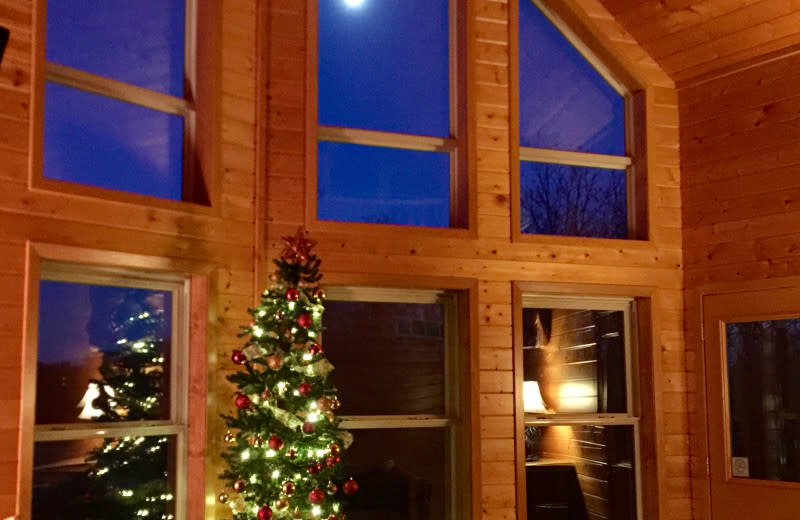 Holiday interior at Red Cedar Lodge.