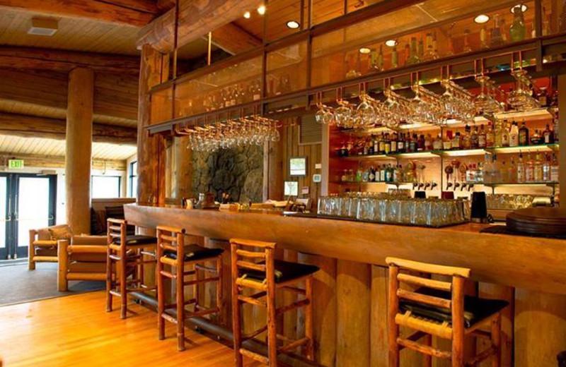 The bar at Sun Mountain Lodge.