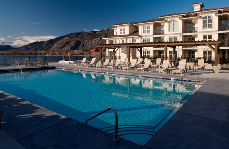 Outdoor pool at Walnut Beach Resort.