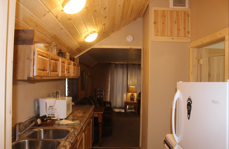 Guest kitchen at Misty Mountain Lodge.