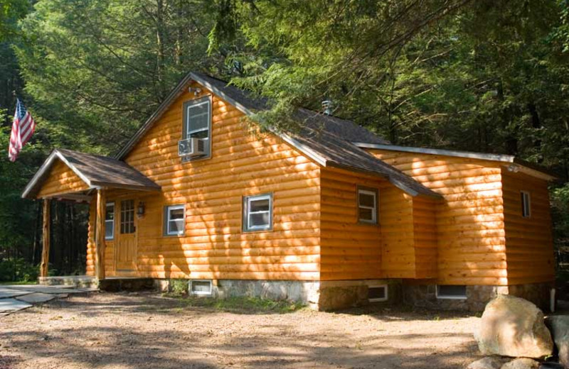 Cabin Accommodations at Cabins-4-Rent