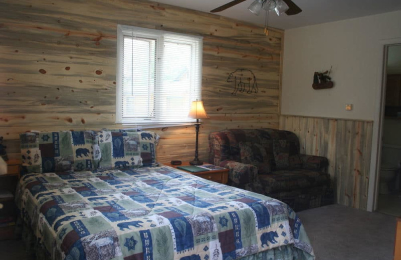 Guest room at Misty Mountain Lodge.