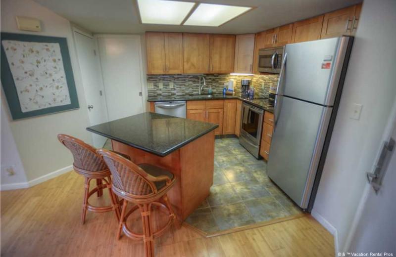 Renal kitchen at Vacation Rental Pros - Maui.