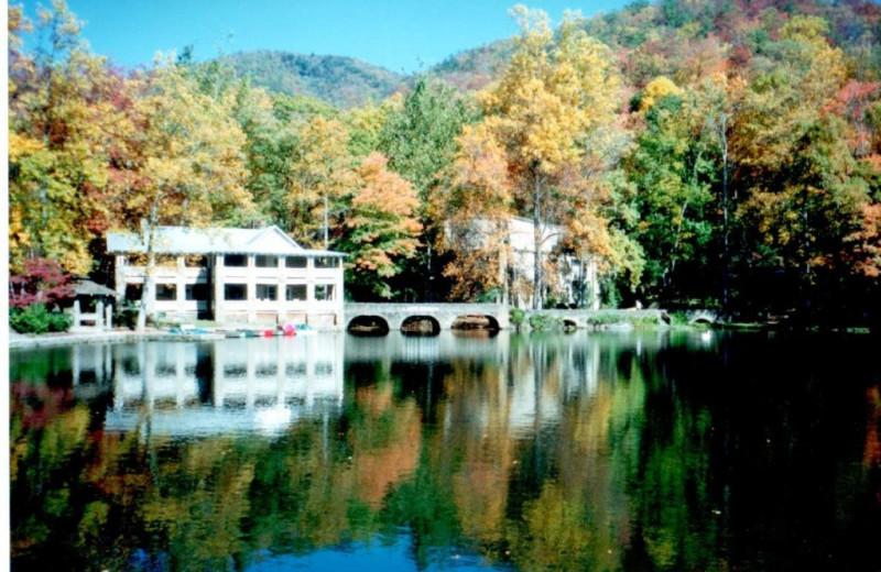 Lake Susan at Greybeard Rentals.