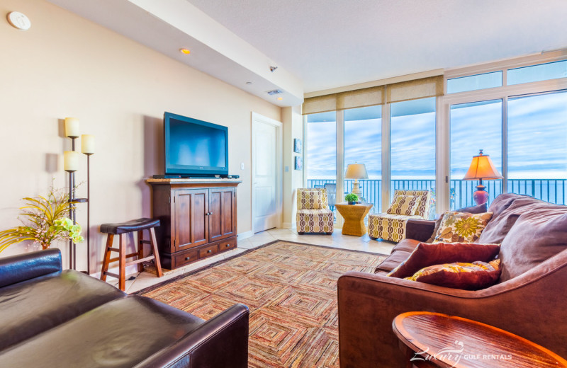 Rental living room at LuxuryGulfRentals.com.