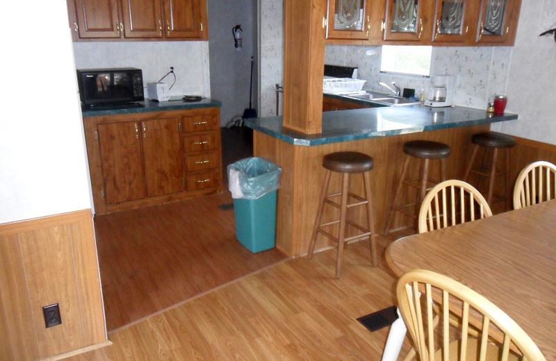Cottage kitchen at King Creek Resort