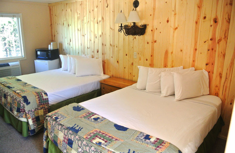 Guest bedroom at Sawtelle Mountain Resort.