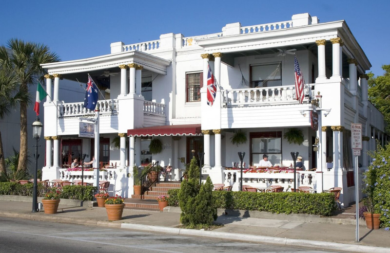 Exterior view of Casablanca Inn.