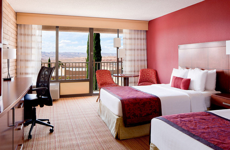 Guest room at Courtyard Page.