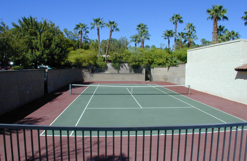 Tennis court at La Mancha Villas.