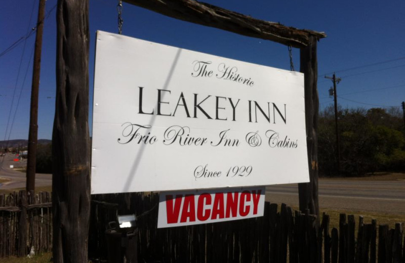 Welcome to Leakey Inn