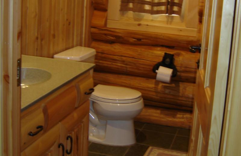 Cabin bathroom at Buckhorn on Caribou Lake.