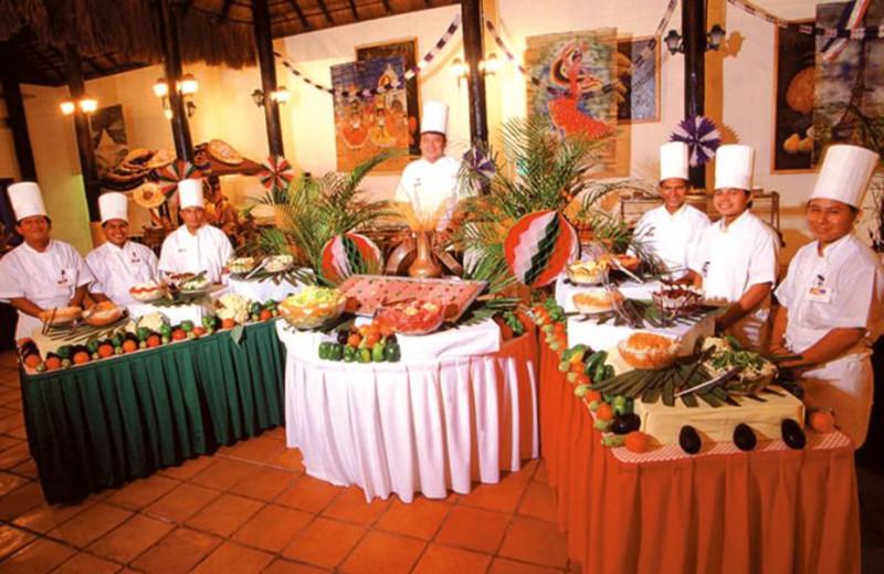 Dining at Caribbean Village Playacar.