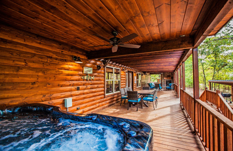 Cabin hot tub at Blue Beaver Luxury Cabins.