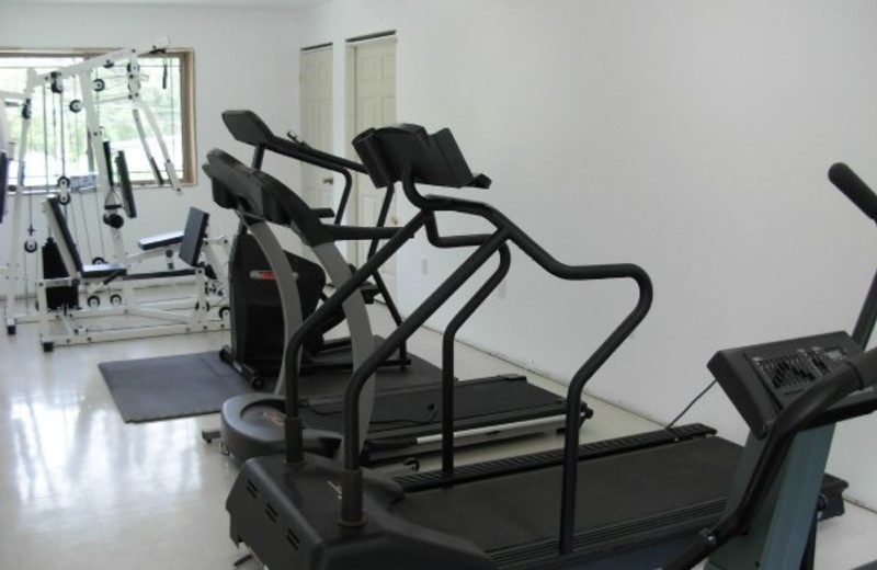 Fitness center at Diamond Cove Cottages.