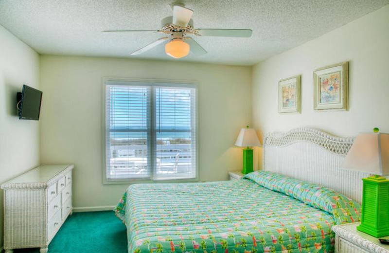Rental bedroom at Elliott Beach Rentals.