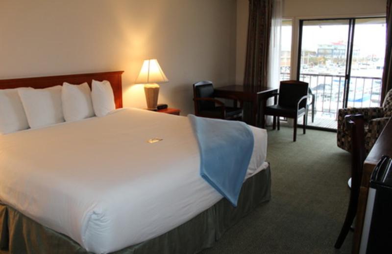 Guest room at Astoria Riverwalk Inn.