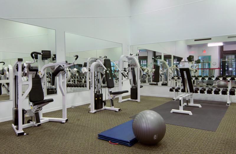 Gym at Fairmont Le Chateau Montebello.